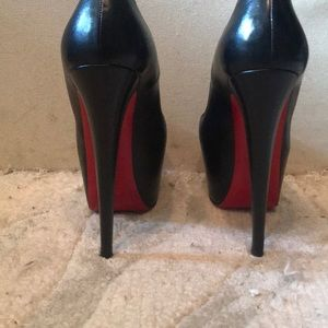 Authentic Louboutin Daffodile 160mm